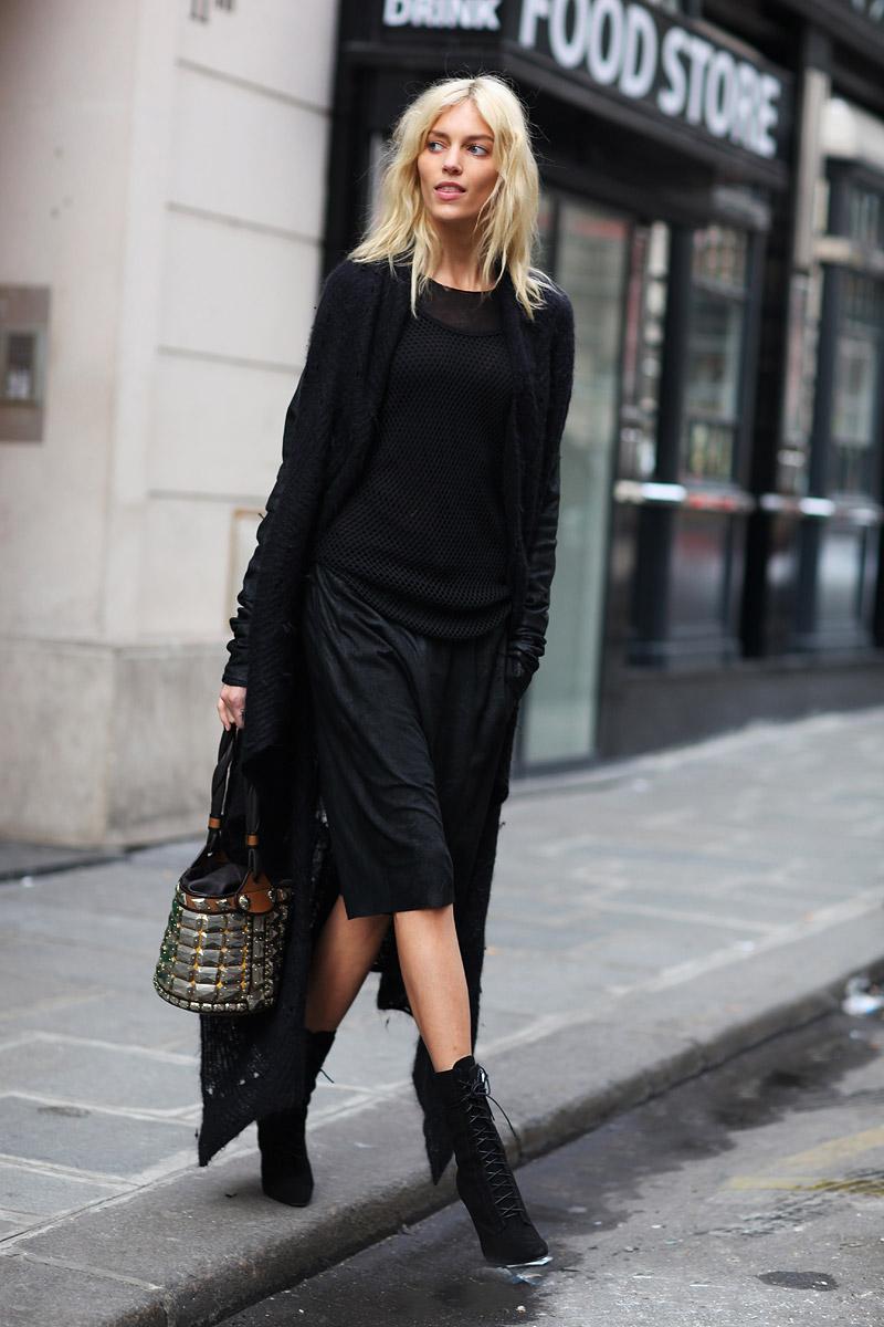 2013-summer-trend-all-black