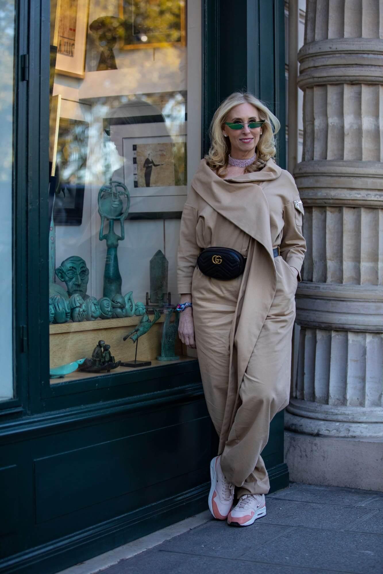 paris-fashion-week-spring-2019-street-style-day-2-16