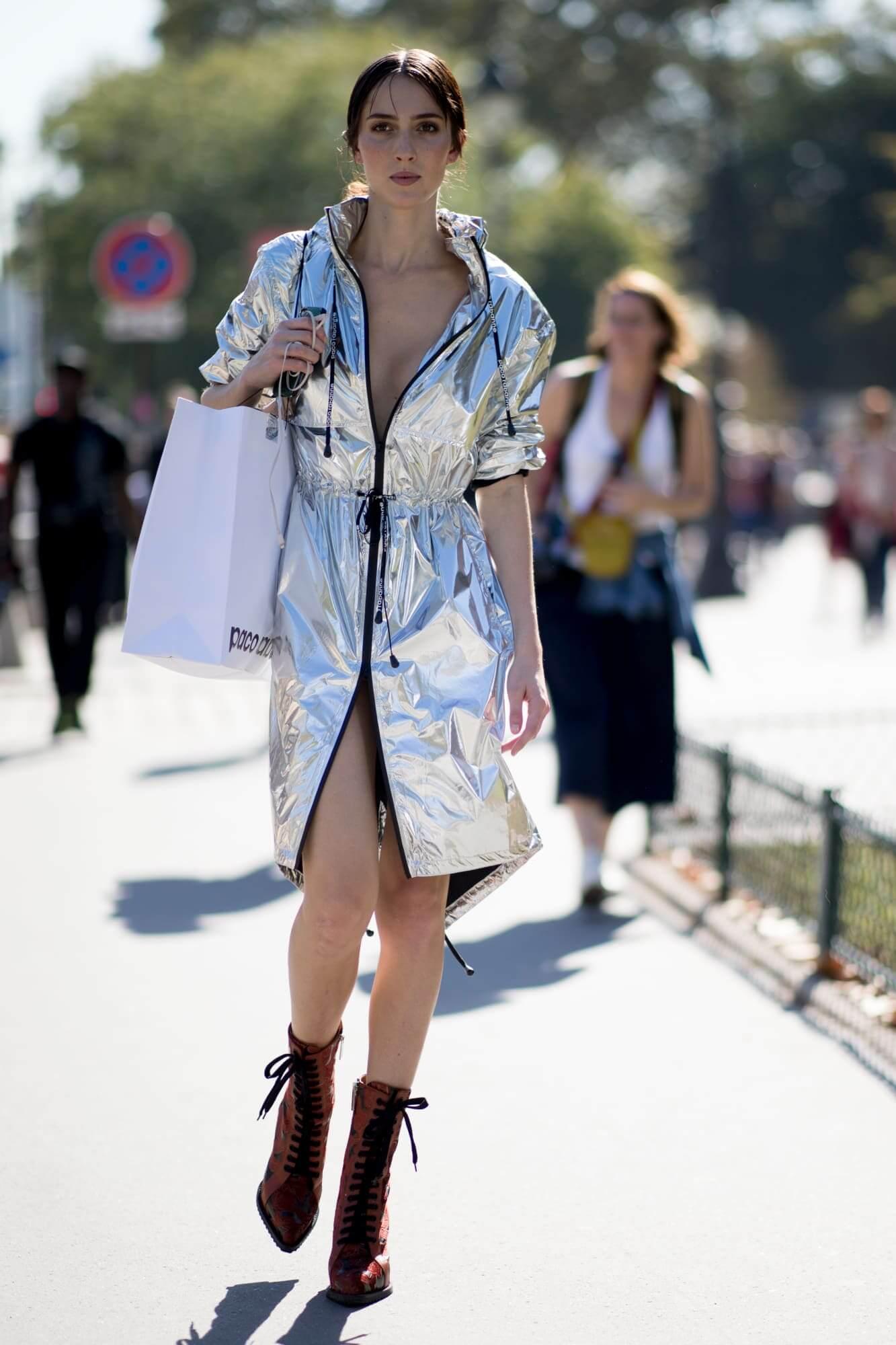 paris-fashion-week-spring-2019-street-style-day-4-30