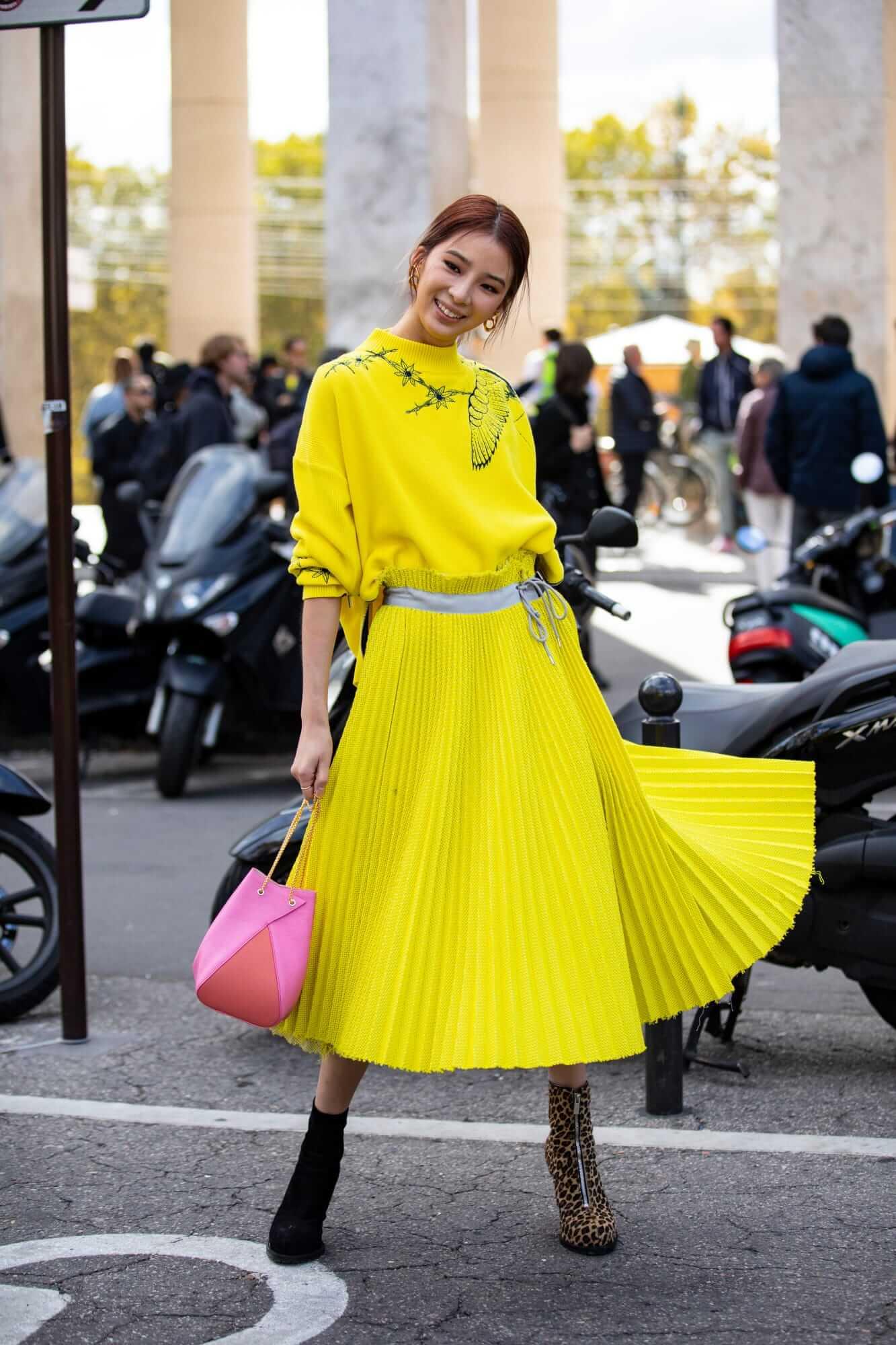 paris-fashion-week-spring-2019-street-style-day-8-23
